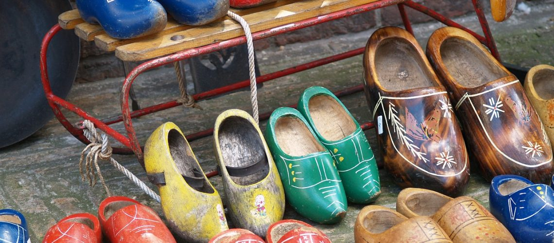 wooden shoes, holland, shoes-476521.jpg
